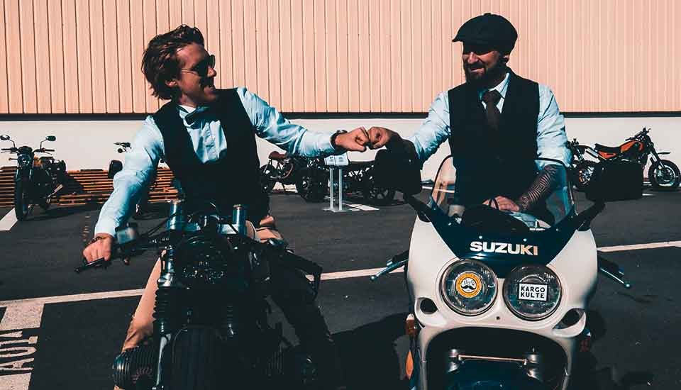 the-distinguished-gentlemans-ride-drone-lyon-monsieur-recording-video